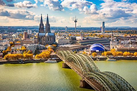 [TUI] NH Köln Altstadt - false